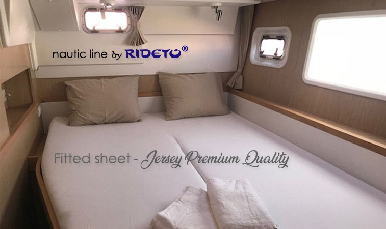 Fitted sheet for Catamaran customized